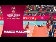 Anna Malova two digs in one action