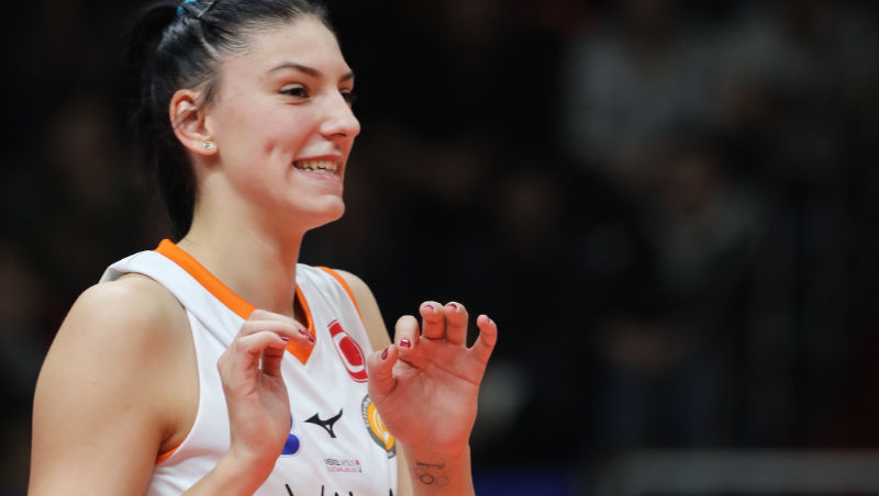 Tijana Boskovic receives a special award